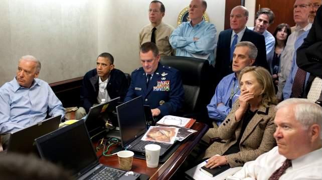 Benghasi VideoCenter: real action; neljän diplomaatin kurkut auki hahaha...