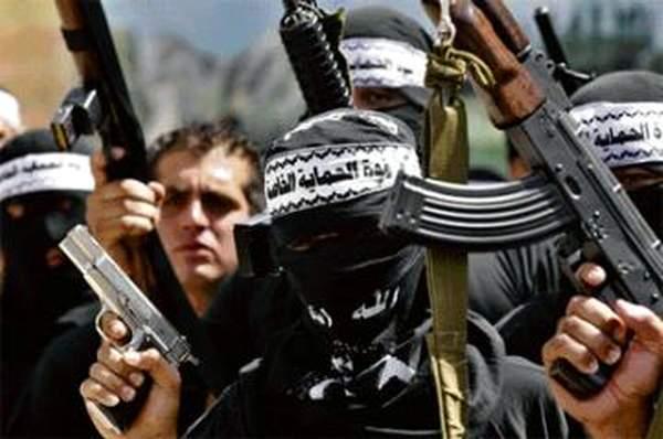 Urheat Hamasin silpojat valmistautuvat suraavaan juutalais lapsien messumurhaansa...