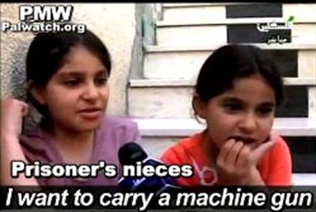 """Tokihan koulutus tehoaa: """"haluan konepistoolin..."""