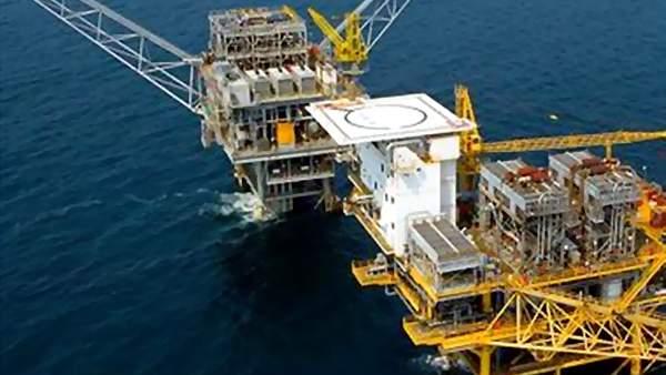 Öljynporauslautta merellä - aihekuva